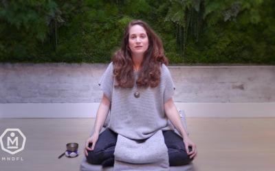 Megan Mook – 5 Minute – Heart & Breath